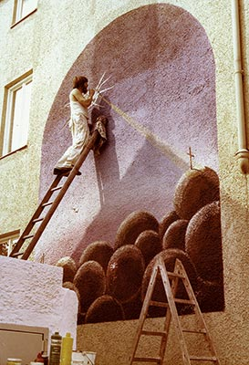 Lubo Kristek working on the secco Watching the Earth in Augsburg in 1974