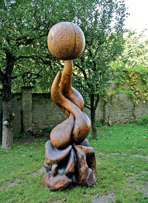 Wooden sculpture Soul by Lubo Kristek 1983